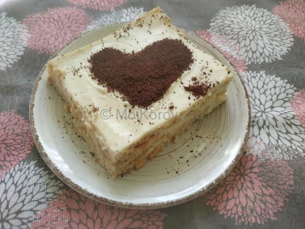 украсить шоколадом . Быстрый ленивый пирог без выпечки за 25 минут. Молоко, сыр, сливки и печенье